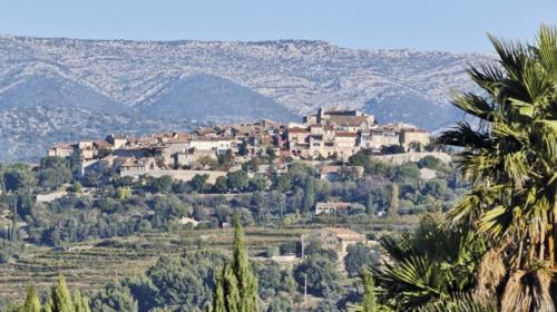 vdc-une-village-castellet-min